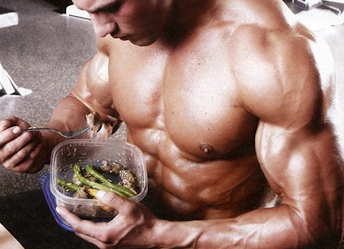bodybuilding-eating-meal