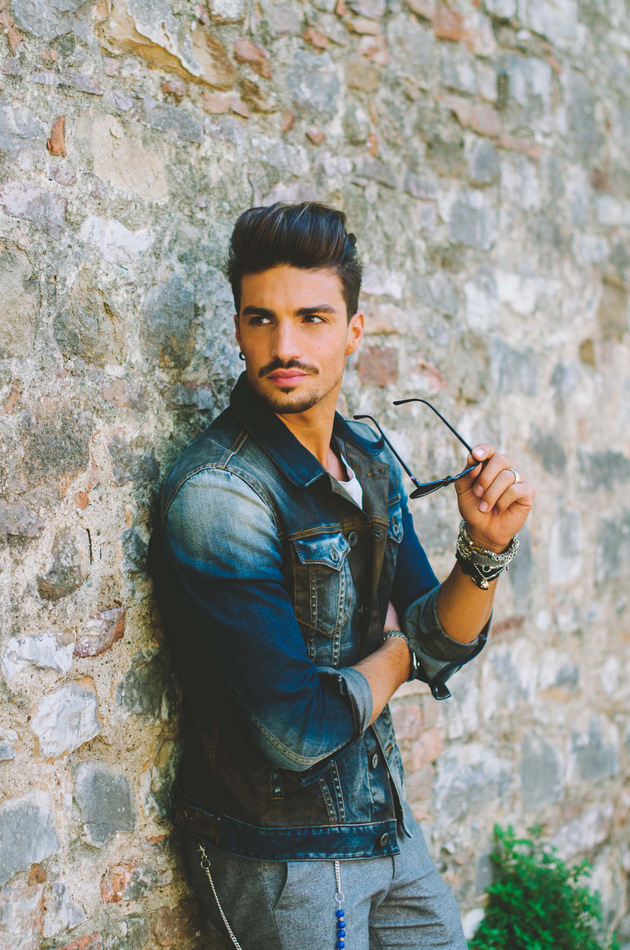 Male fashion blogger - best fashion blog - men's fashion blog street style - best male model - men's haircut - mariano di vaio  hairstyle